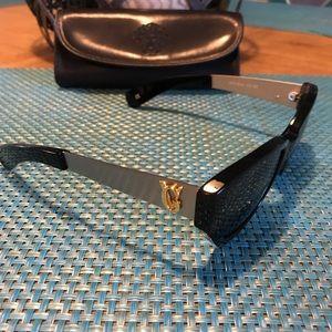 Versace Vintage Sunglasses Model 462A🌞